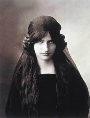 Photo of Jeanne Hebuterne
